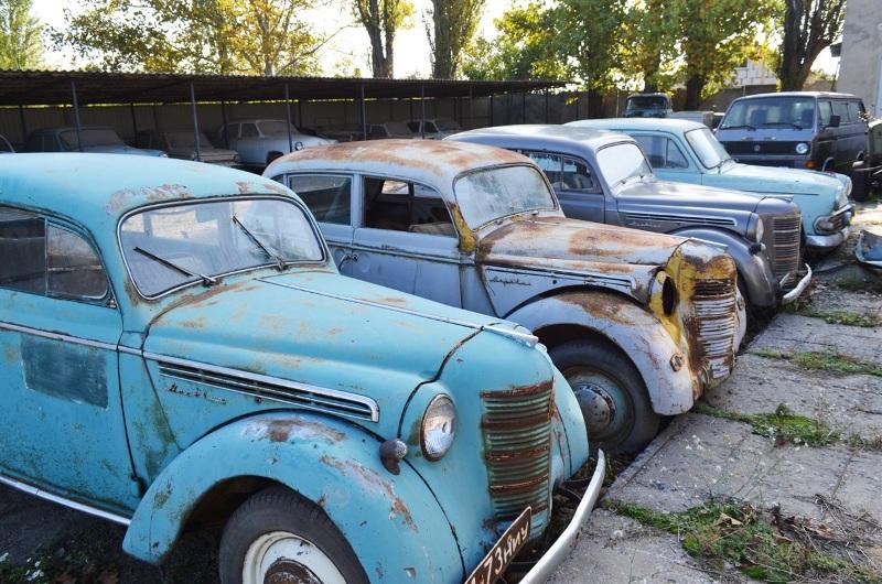 Житель Одесской области собрал уникальную коллекцию ретроавтомобилей (фото)