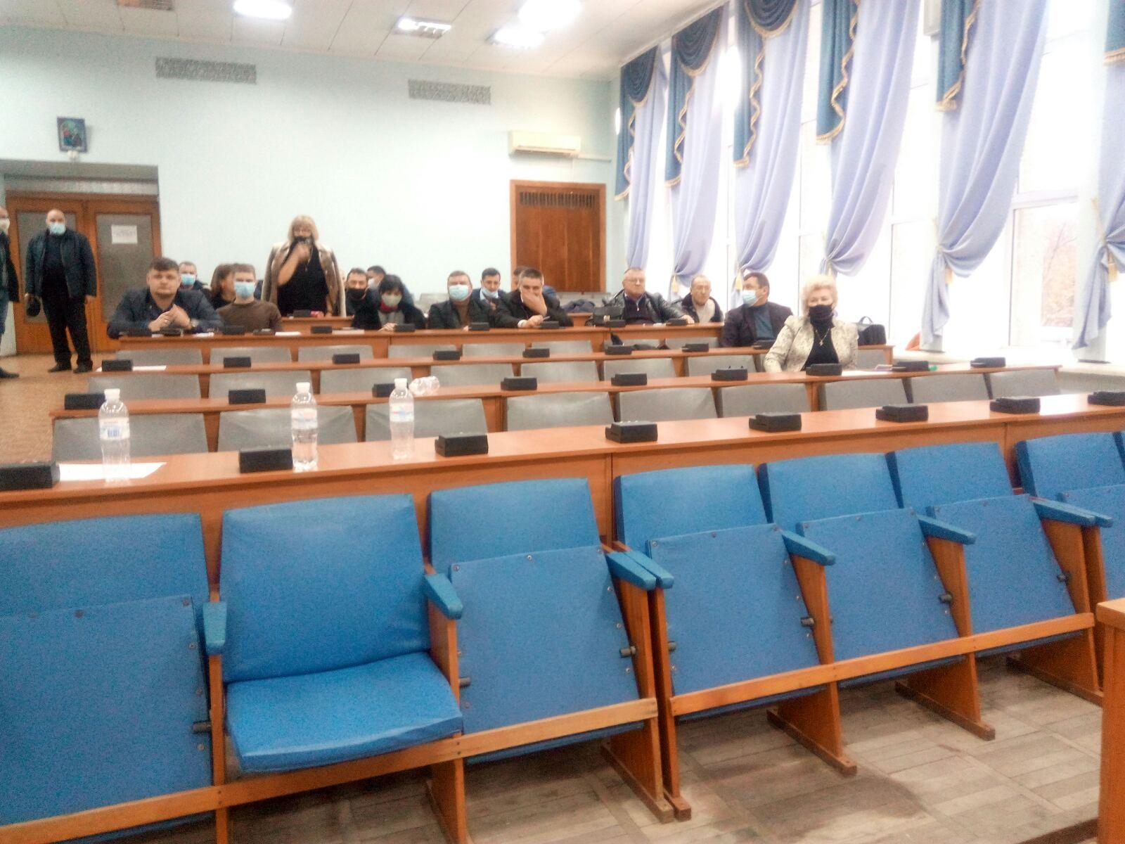 Еще одна скандальная сессия: в Белгород-Днестровском спустя 15 дней избрали главу райсовета