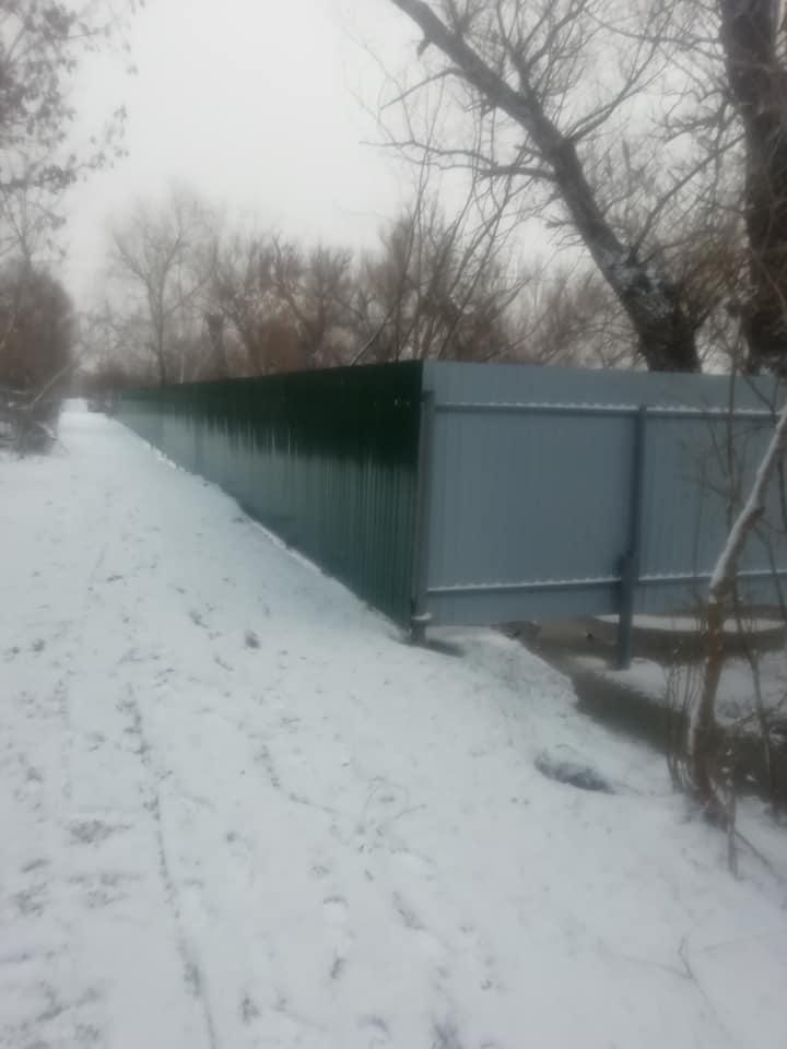 Закон о свободном доступе к водоемам подписан, а в Вилково оградили набережную Дуная (ФОТОФАКТ)