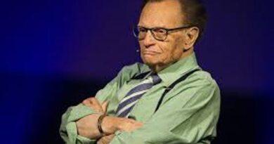 Скончался легендарный американский телеведущий Ларри Кинг