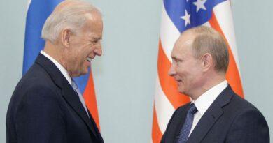 Байден поговорил по телефону с Путиным: Белый дом и Кремль по-разному пересказали разговор