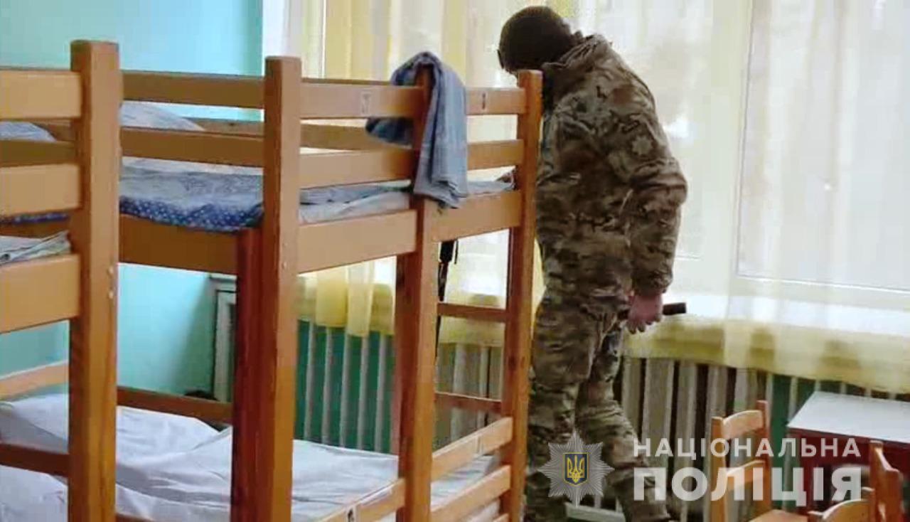 """Мэр Одессы просит быстрее найти отморозка, который сотнями """"минирует"""" детсады города"""