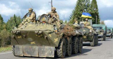 На Донбассе за сутки 11 раненых, один военный подорвался на мине. Украина ждет международной реакции
