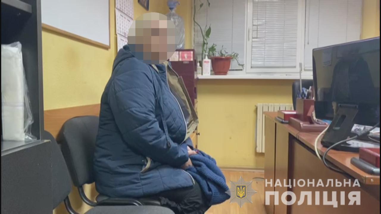"""Полиция задержала двух мошенниц, """"охотившихся"""" в Одесской области на доверчивых пенсионеров"""