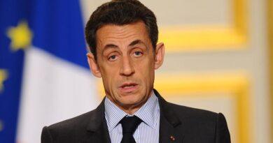 Суд признал экс-президента Франции Николя Саркози виновным в коррупции и отправил за решетку