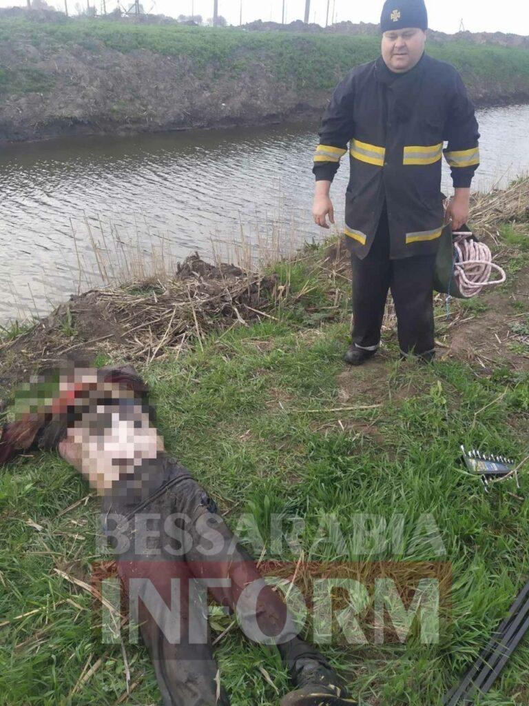 В Белгород-Днестровском районе из оросительного канала достали тело утопленника