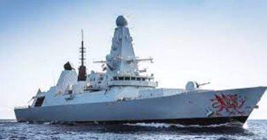 Великобритания поддержит Украину двумя военными кораблями в Черном море