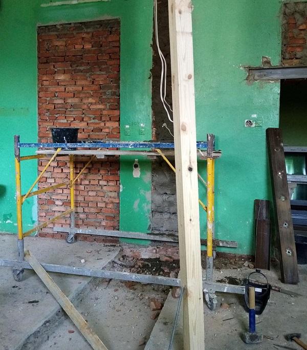 В Белгород-Днестровской городской больнице продолжается ремонт помещений под размещение рентгенаппарата и КТ