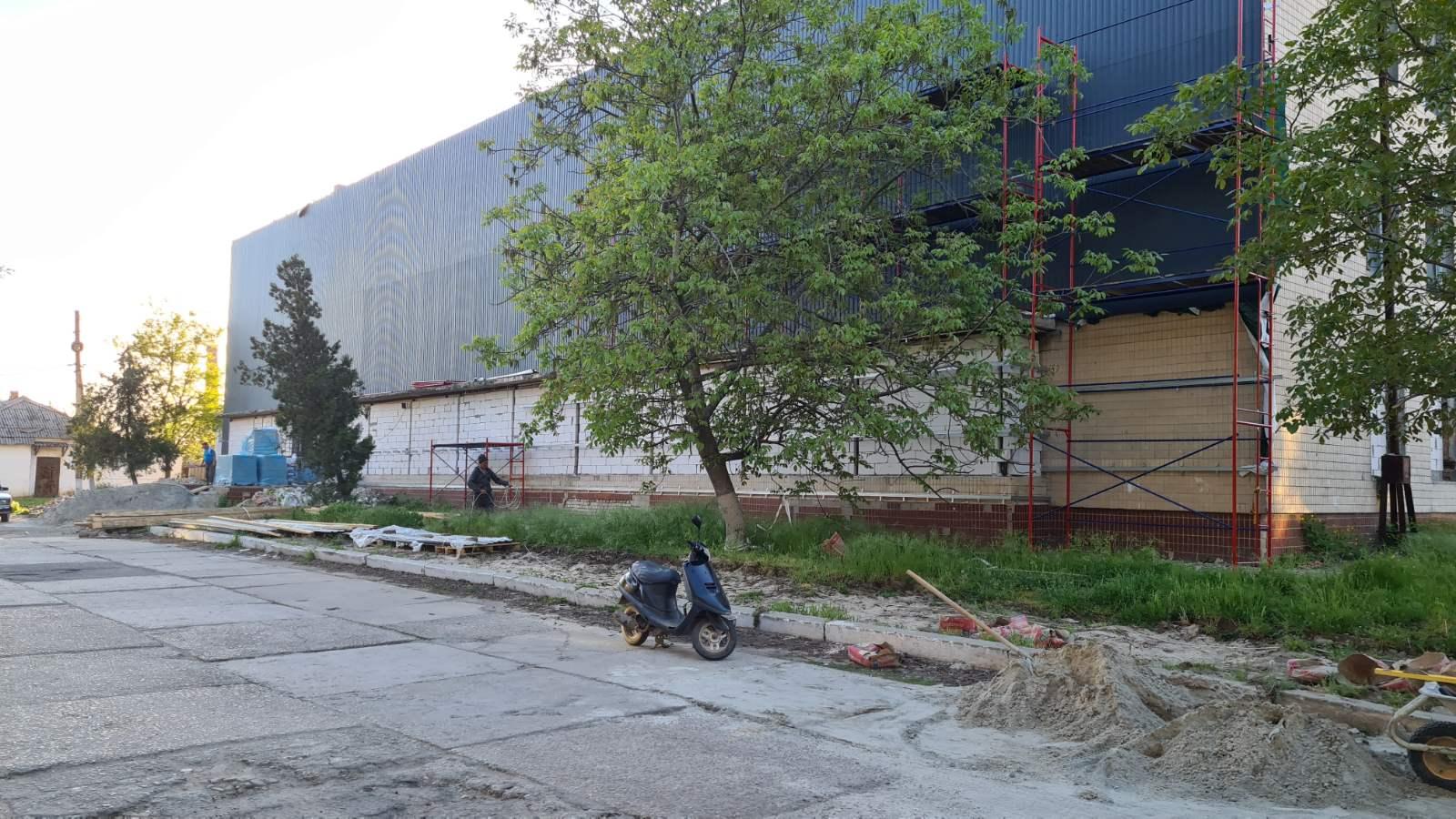 В Килии заброшенное здание гостиницы станет сетевым супермаркетом, прилегающую территорию благоустроят