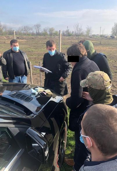 40 тыс. долларов взятки: в Одесской области задержан и.о. начальника филиала концерна «Военторгсервис»