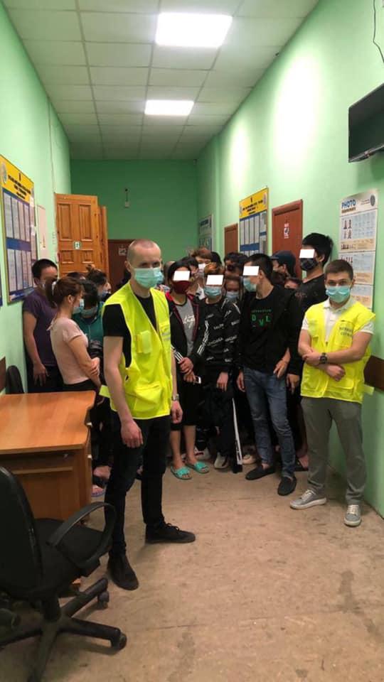 В Аккермане задержали 52 нелегалов из Вьетнама