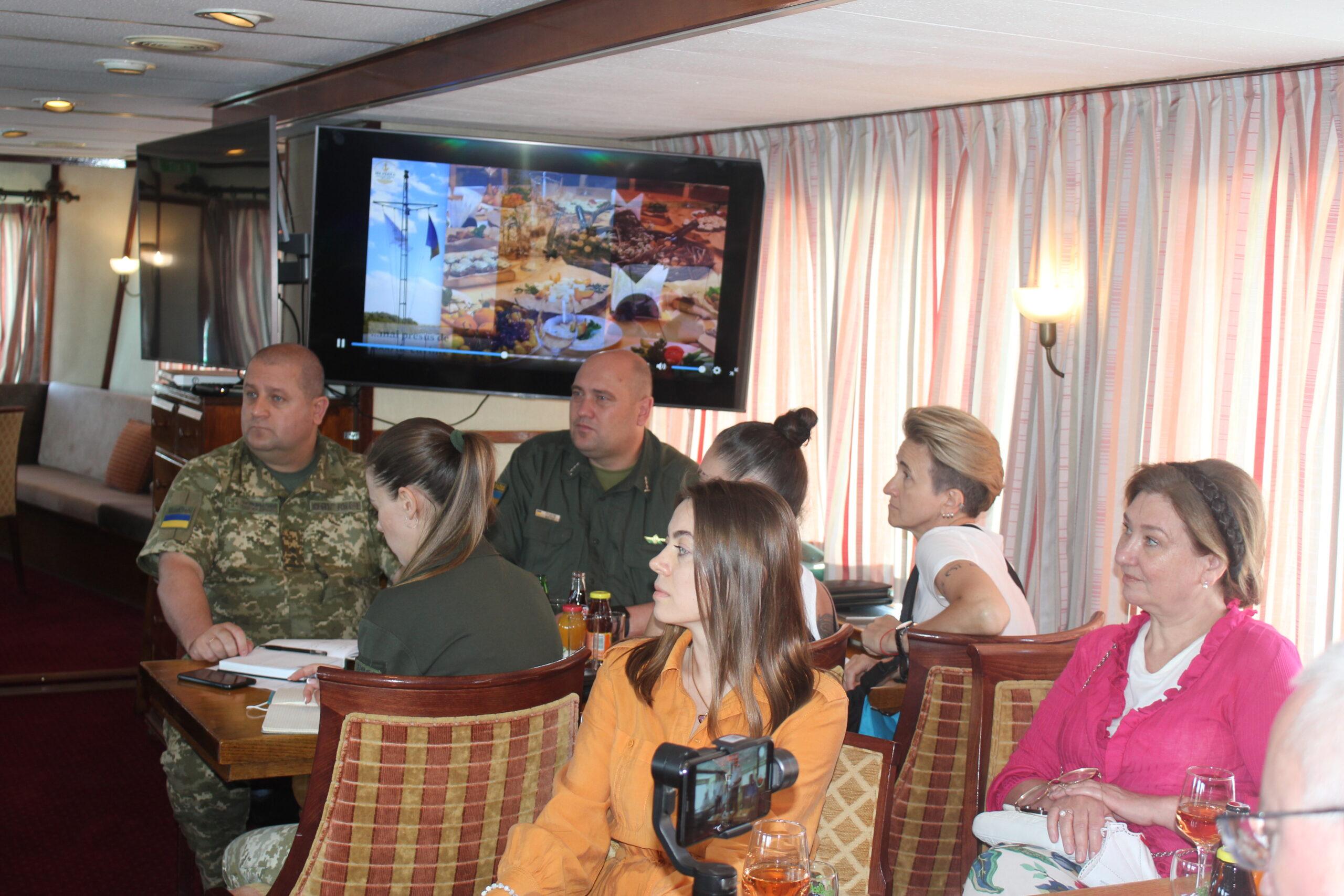 Сезон путешествий по воде открыт: из Измаила можно отправиться в круиз по румынской дельте Дуная