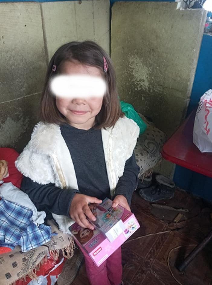 """""""Маугли"""" поневоле... Женщина с ребенком, ютившиеся в заброшенном кафе в Измаиле, нуждаются в решении жизненно важных вопросов"""