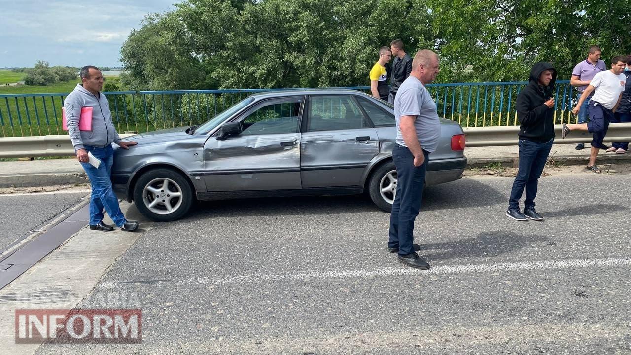 Намечается большая пробка: устроивший ДТП на мосту в Маяках Mitsubishi Pajero, парализовал движение по трассе Одесса-Рени