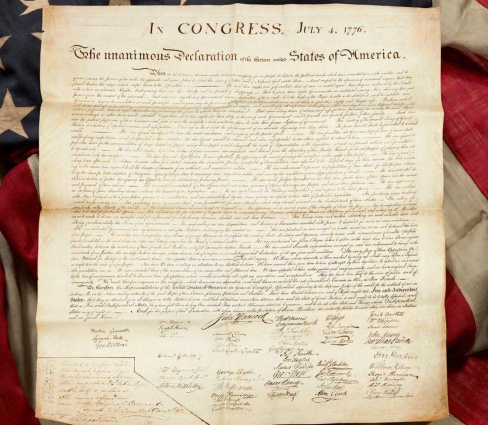 Жительница Шотландии случайно нашла на чердаке копию Декларации независимости США и стала миллионершей