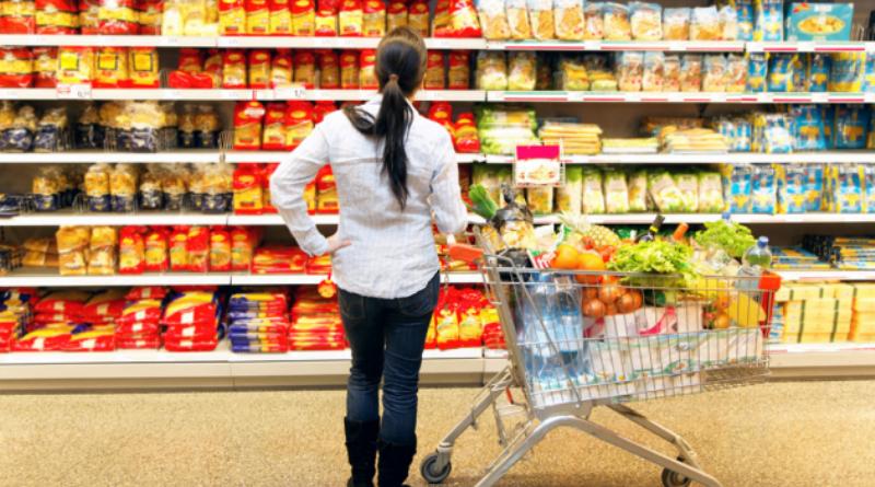 Свежим хлебом и кофе пахнет неспроста: как супермаркеты Украины заставляют покупателей тратить больше денег
