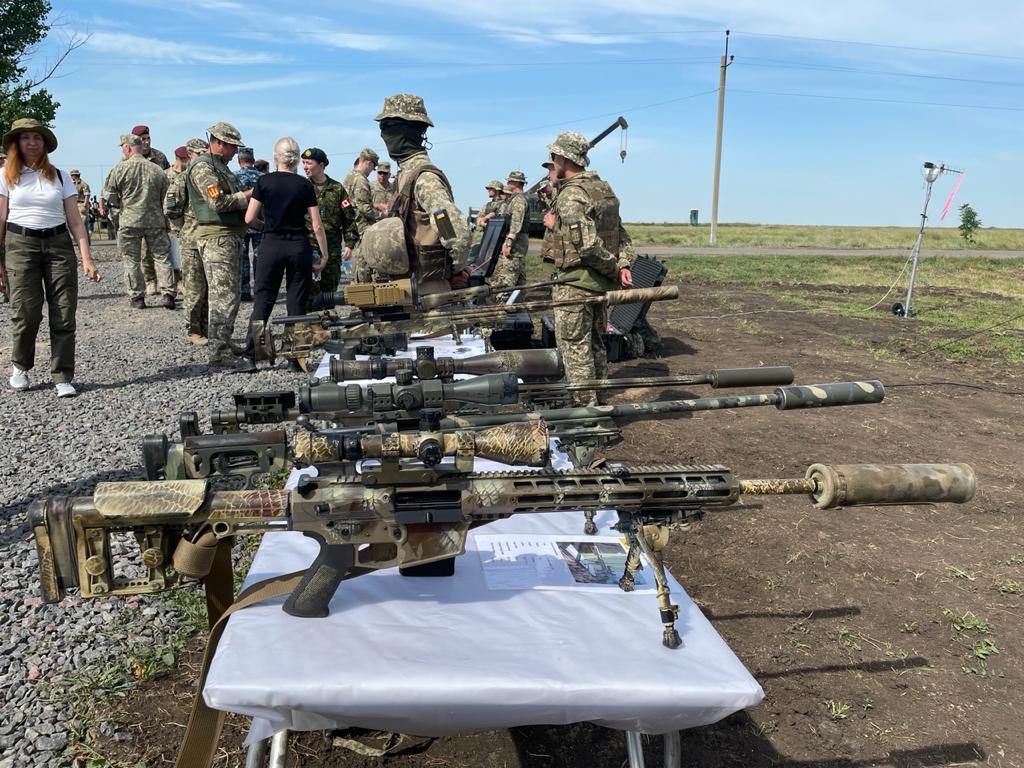 Бойцы пограничной комендатуры Белгород-Днестровского погранотряда принимают участие в украинско-британских военных учениях