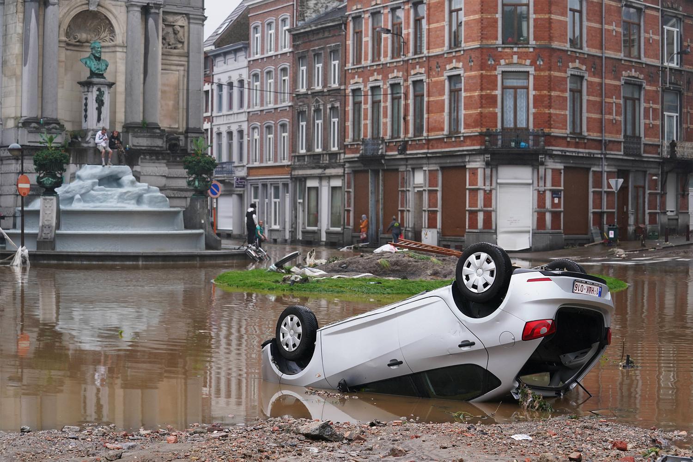 Последствия наводнения в Европе, от которых уже погибло более сотни людей: шокирующий фоторепортаж