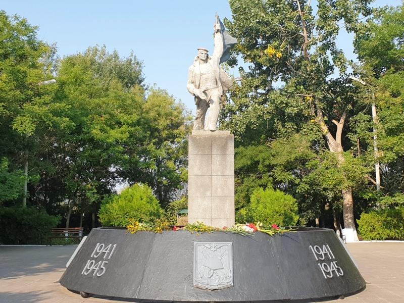 Килия: освобождение города от фашистских захватчиков отметили возложением цветов (история победного дня)