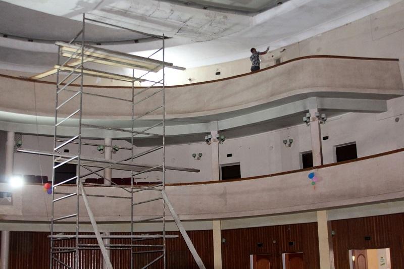 В Центре культуры и досуга Аккермана ремонтируют зрительный зал: затем планируют установку современных кресел