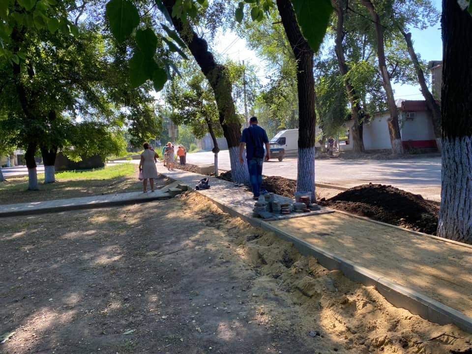 В центре Татарбунар кипят работы по ремонту водопровода
