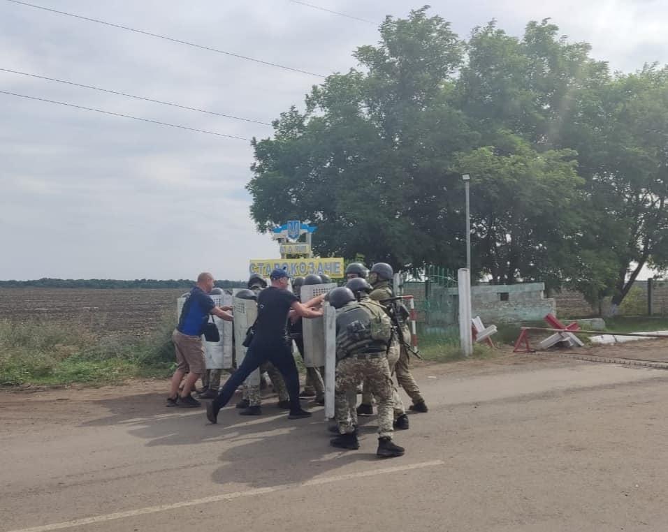 """Белгород-Днестровские пограничники """"дали отпор"""" лицам, пытавшимся незаконно пересечь границу"""