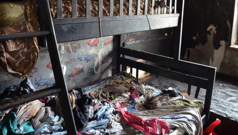 Жительница Николаевщины вынесла из горящего дома троих детей (видео)