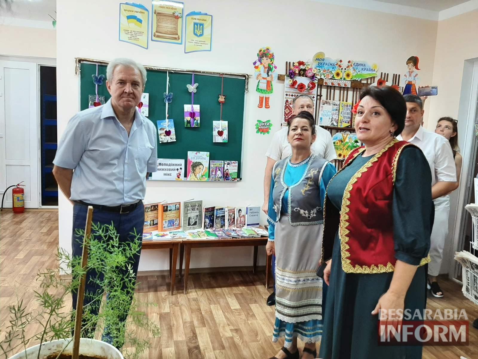 Турецкий подарок бессарабским гагаузам: Котловина похвастала роскошным ДК перед губернатором Одесской области