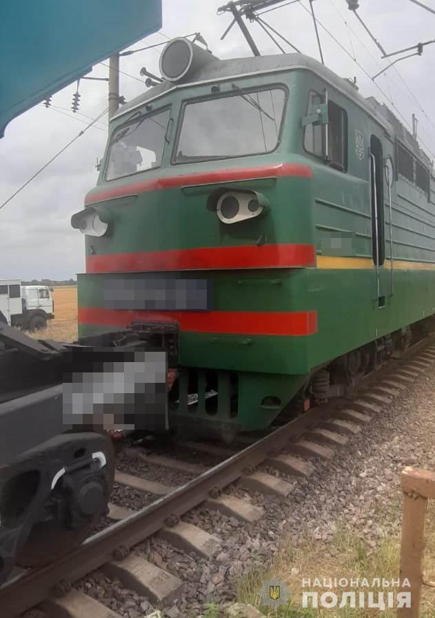 Еще одна смерть на рельсах в Одесской области: 33-летний мужчина покончил жизнь самоубийством