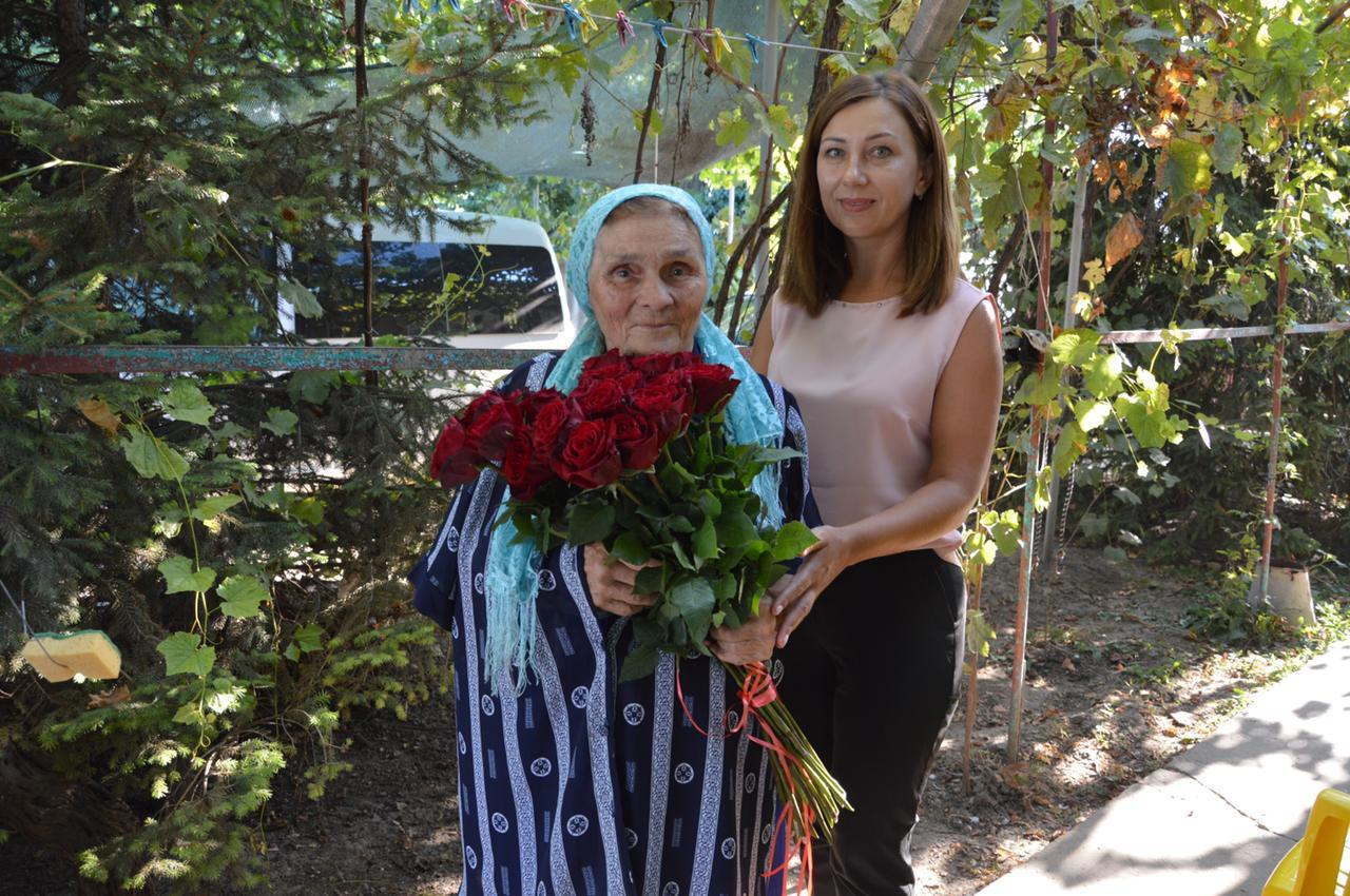 Первая учительница Александра Дубового, которую он поздравил с Днем Рождения, рассказала, кто мешал ему стать отличником
