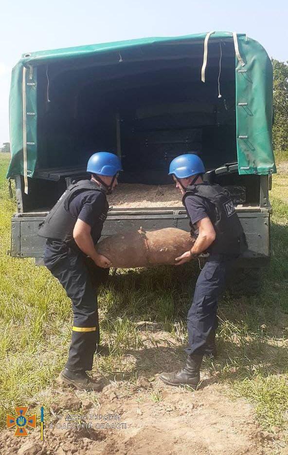 В огороде в Белгород-Днестровском районе нашли 100-килограмовую авиабомбу