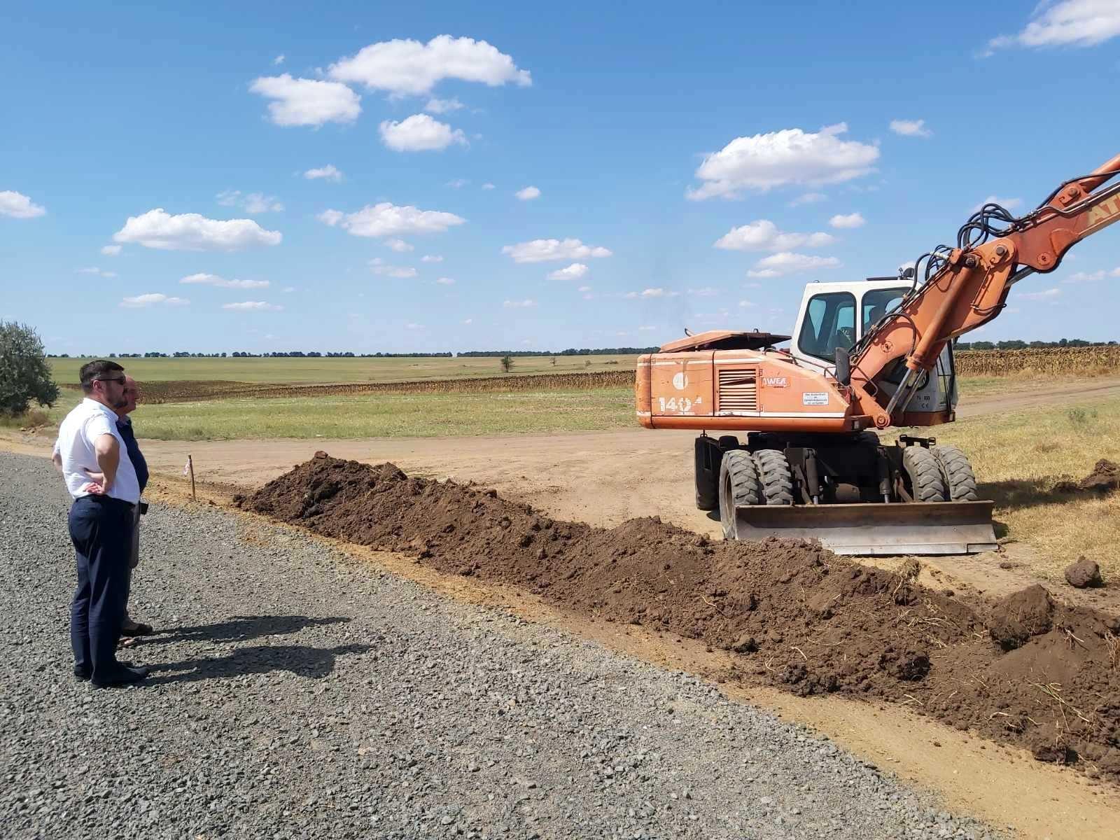Продолжается ремонт автодороги, соединяющей Болград и Арциз. До конца года планируется обновление еще двух ее участков