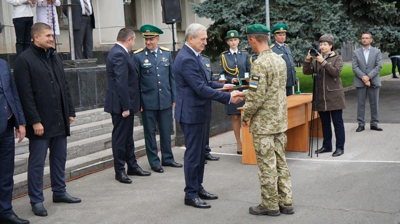 Пограничники Измаильского и Белгород-Днестровского отрядов получили новые мотоциклы и кроссовер