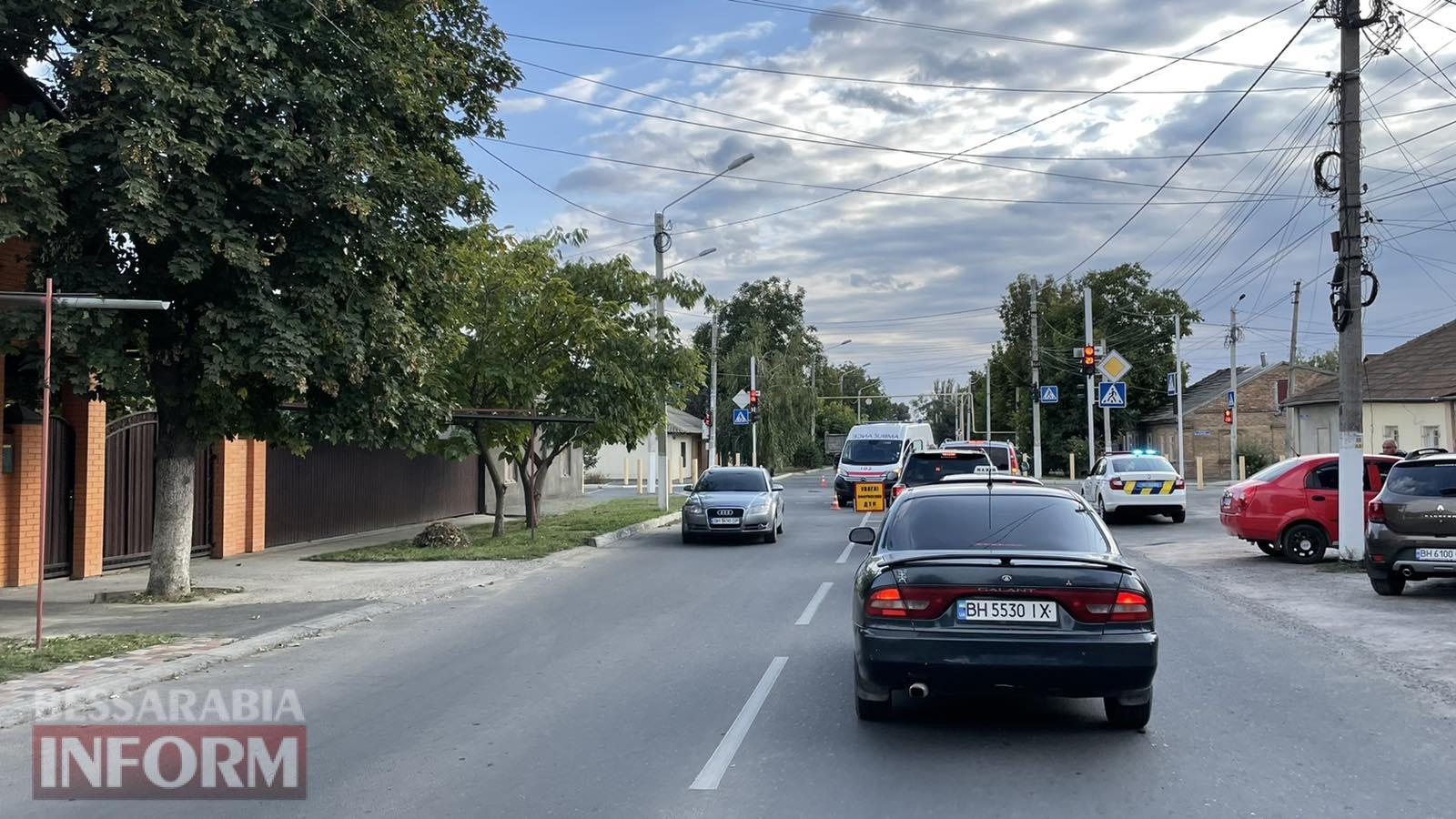 В Измаиле столкнулись ЗИЛ и автомобиль скорой помощи