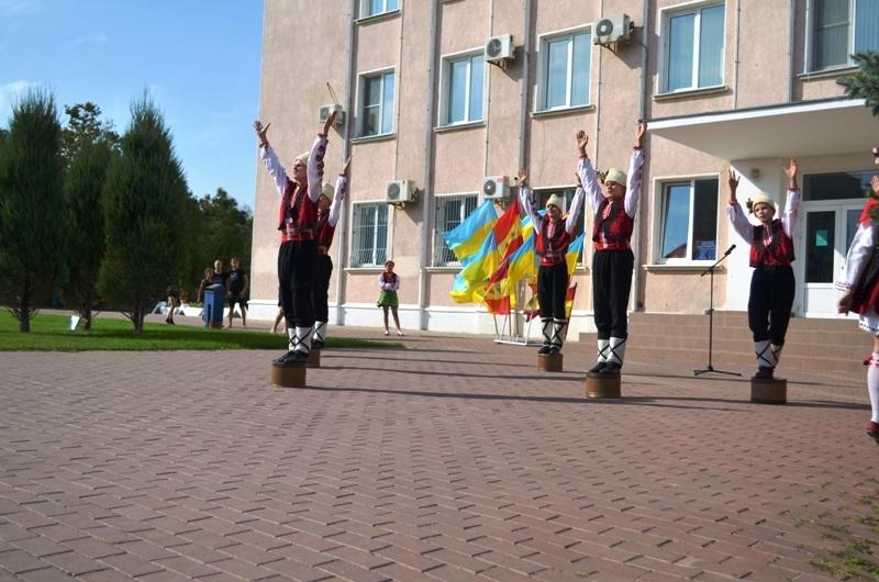 Талантливым и успешным школьникам Аккермана в торжественной обстановке вручили денежные премии (фоторепортаж)