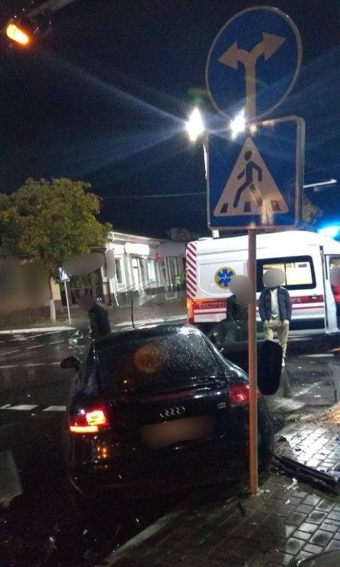Не разминулись AUDI и HONDA - ещё одно ДТП с пострадавшим в Измаиле