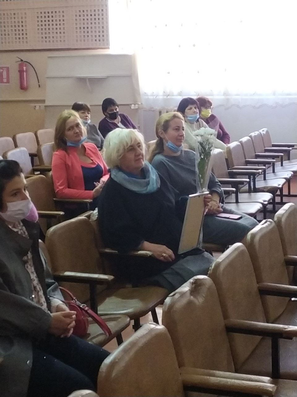 В Килийской ОТГ более 700 учителей получили сладкие подарки от Александра Дубового